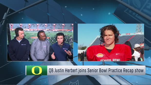 Oregon Ducks quarterback Justin Herbert shares what he wants to showcase at 2020 Reese's Senior Bowl