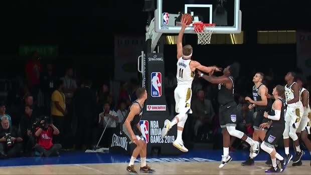 Dunk of the Night: Domantas Sabonis