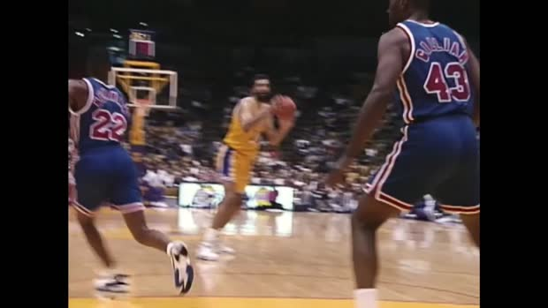 Hall of Fame: Vlade Divac Highlights