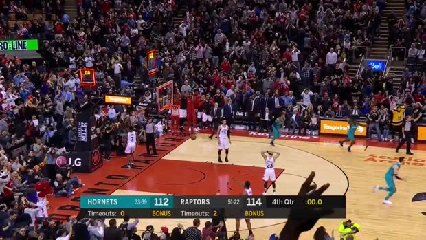 Lamb's ridiculous half-court buzzer-beater seals Hornets win