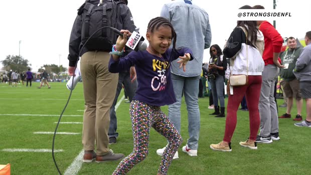 Strong Side: Earl Thomas' daughter was born to be a sports reporter