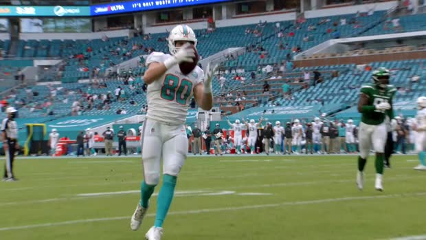 Mic'd Up: Mike Gesicki loses it for teammates' TDs | Week 6