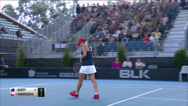 Tennis : Adélaïde - Barty se qualifie en demi-finale