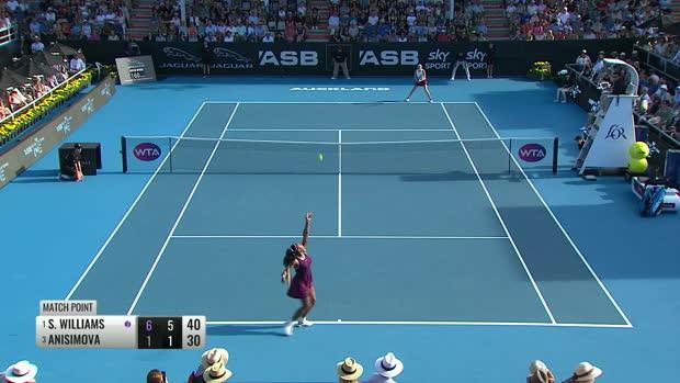: Auckland - Serena Williams sans pitié pour Anisimova